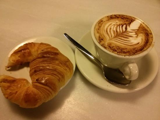 Volcan Dorado: Café y pasta