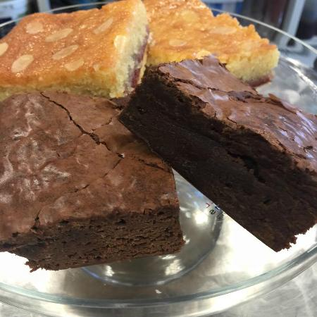 Herefordshire, UK: Freshly made chocolate brownies and bakewell slices