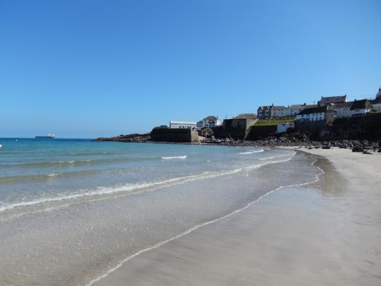Coverack United Kingdom  city photo : Coverack beach and harbour Picture of Coverack Harbour, Coverack ...