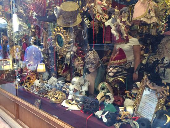 Tragicomica: Front Window Display - No pictures are allowed in the store