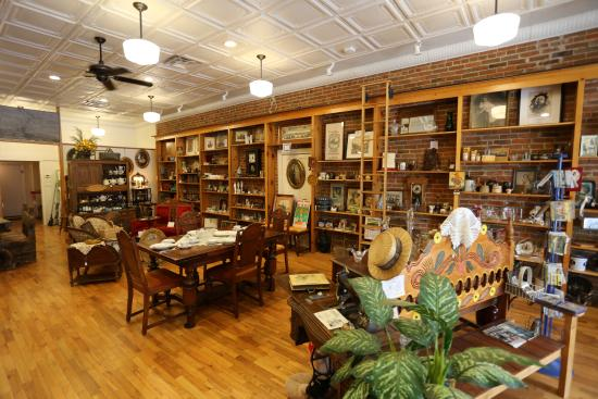 Reminiscent Antiques and Collectibles