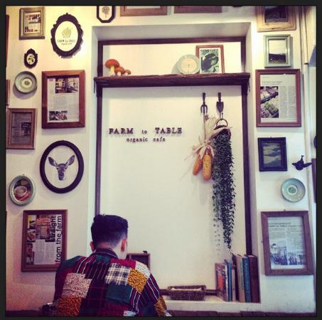 lovely restaurant décor - picture of farm to table organic cafe