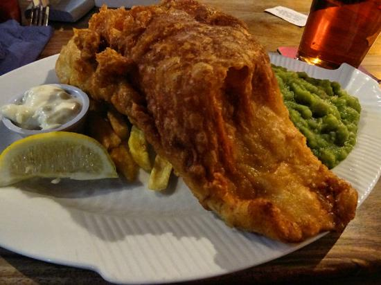 The Bamburgh Castle Inn: Bamburgh Castle Inn, fish and chips