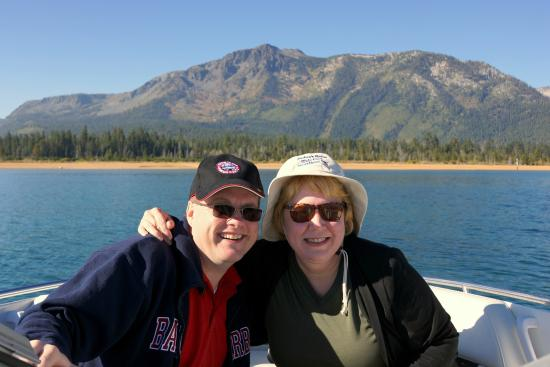 South Lake Tahoe, Californien: Us in Front of Mt. Tallac
