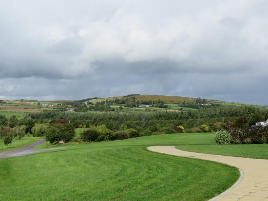 Millstreet, Ireland: Landscape - you will stop the car and take many pictures
