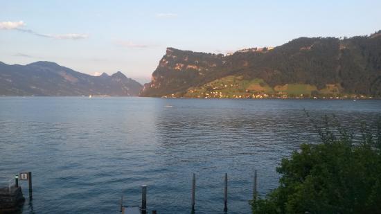 Kastanienbaum, İsviçre: Vista do restaurante do Hotel
