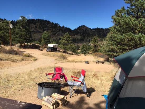 Mary's Lake Campground: The best views were actually behind me when I took the picture. Nonetheless, shows some of the c