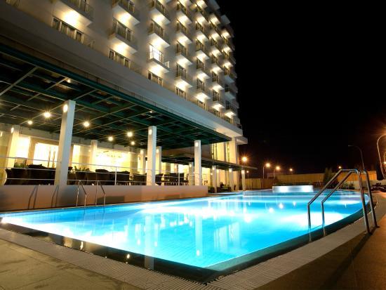 sintesa peninsula hotel 42 5 4 prices reviews manado rh tripadvisor com