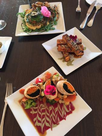 Raven's Restaurant: photo0.jpg
