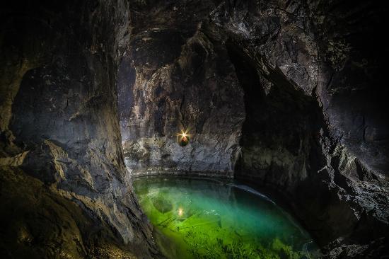 Sala, สวีเดน: En av de underjordiska sjöarna på 155 metersnivån