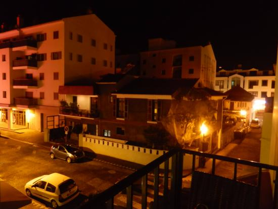 Residencial Amparo: night view from our terrasse