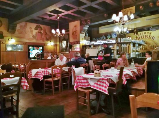 Restaurant Les Armes De Strasbourg