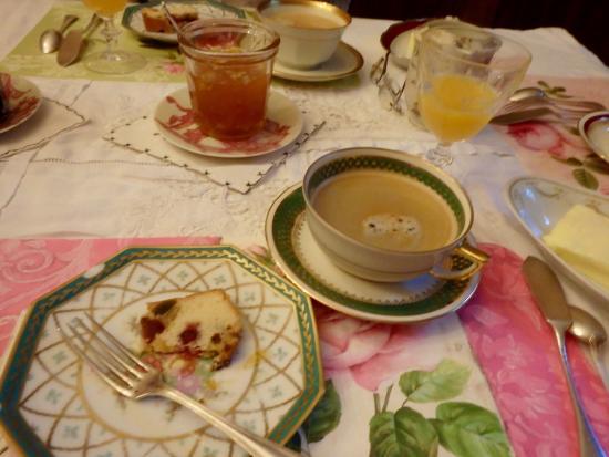 Solignac, فرنسا: Breakfast