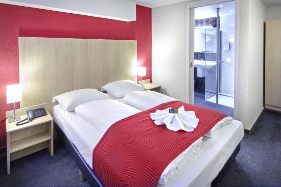 Nova Hotel Amsterdam: single room