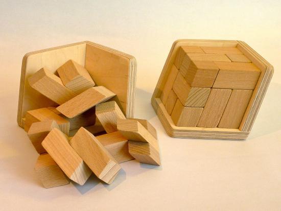 Tumbleweed: Slanted cube puzzle