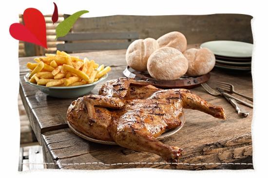 Musina, África do Sul: Nando's Menu Full Chicken