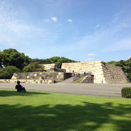 天守台から品川方面を眺める。 - Picture of The East Gardens of the Imperial Palace (Edo Cast...