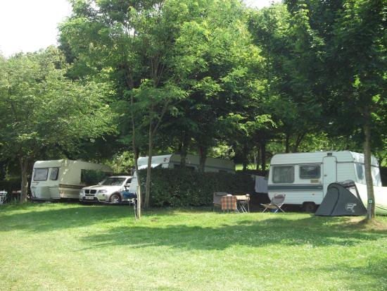 Camping a la ferme la roussie proissans france voir for Camping a la ferme dordogne piscine