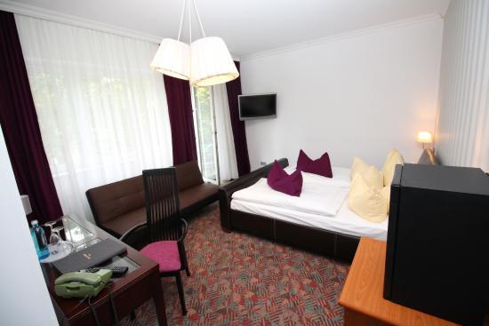 Hotel Les Nations: Doppelzimmer