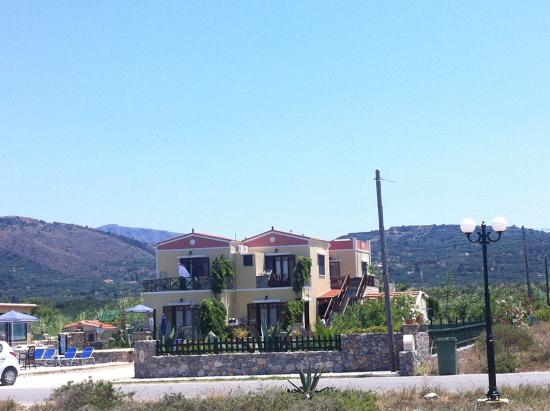 Drapania Beach Apartments