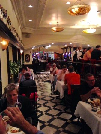 Kuleto S Restaurant On Powell Street Near Union Square