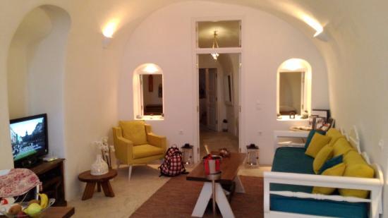 Anemi House & Villas: Sitting room