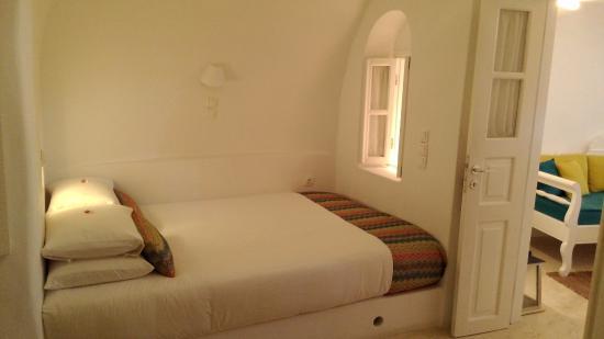 Anemi House & Villas: Bedroom