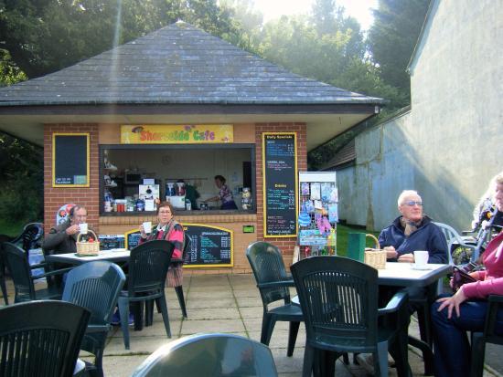 Shoreside Cafe: frontage
