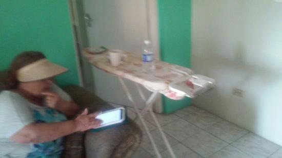 Bethel Court Guest House: Some awful pictures of beds etc from 2 bedroom apartment