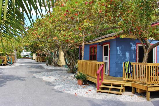 rolling waves cottages cottage reviews longboat key fl rh tripadvisor com longboat key cottages beachfront longboat key cottages for sale