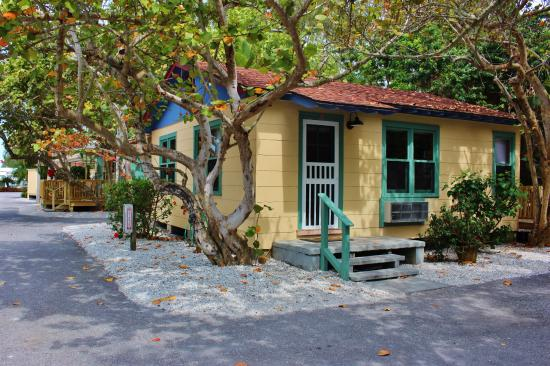 Rolling Waves Cottages: One of the Cottages at Rolling Waves