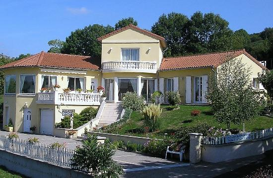 Les jardins de Champfleury : la villa