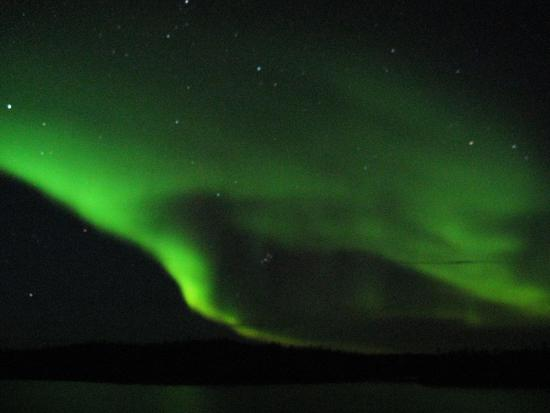 Blachford Lake Lodge: Aurora seen from outside our cabin