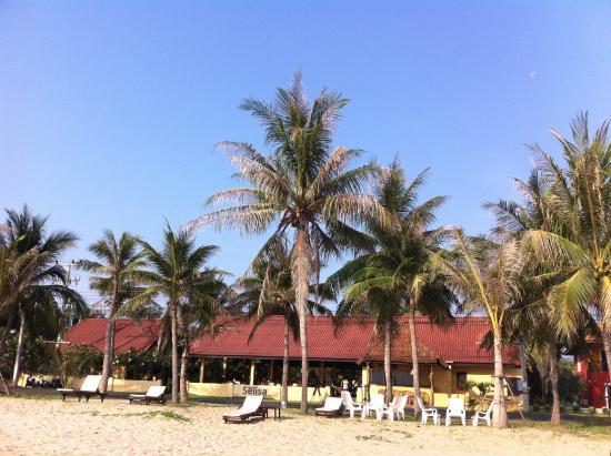 Terra Selisa Dolphin Beach Resort Hua Hin : ด้านหน้ารีสอร์ท