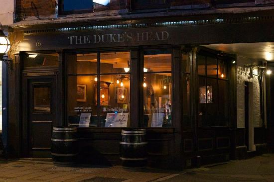 ‪The Duke's Head‬