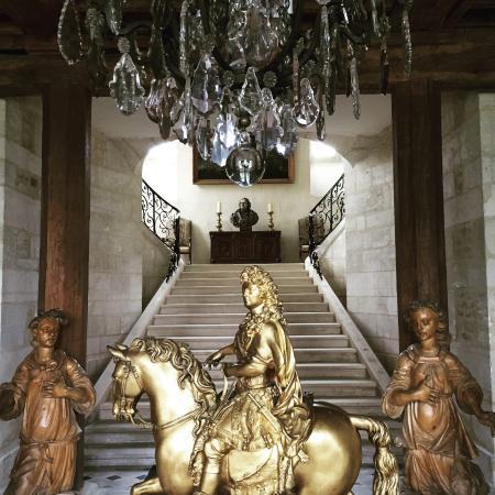 Medavy, Pháp: Entrée du château