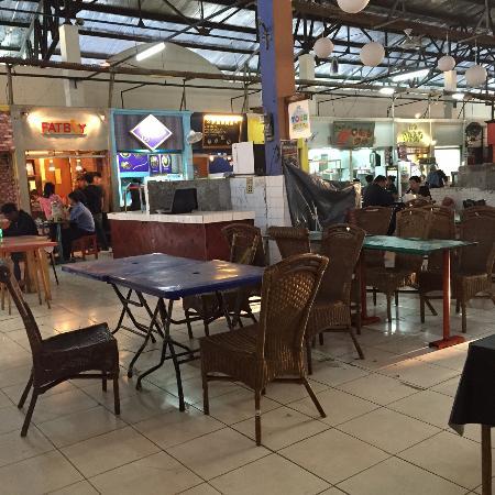 Santa Modern Market