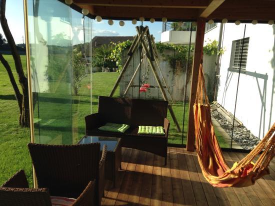 Steinhausen, Schweiz: Hammock from backyard