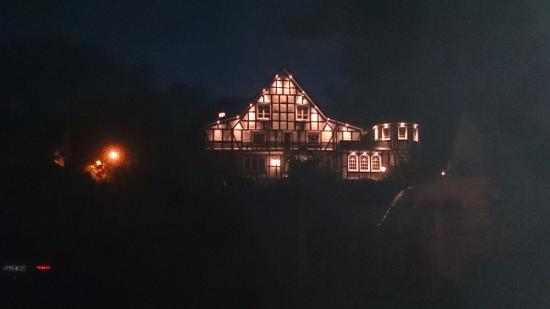 Landhotel Repetal: Hotel bij nacht