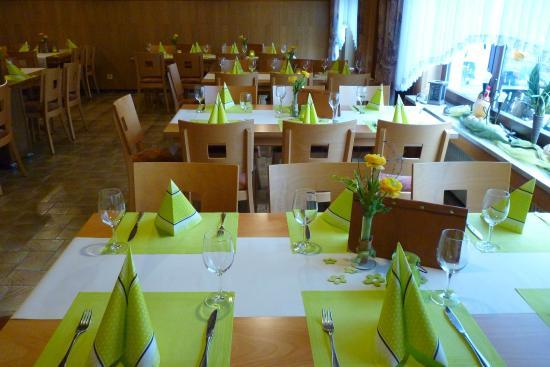 Irrhausen, Allemagne : Osterbüfett