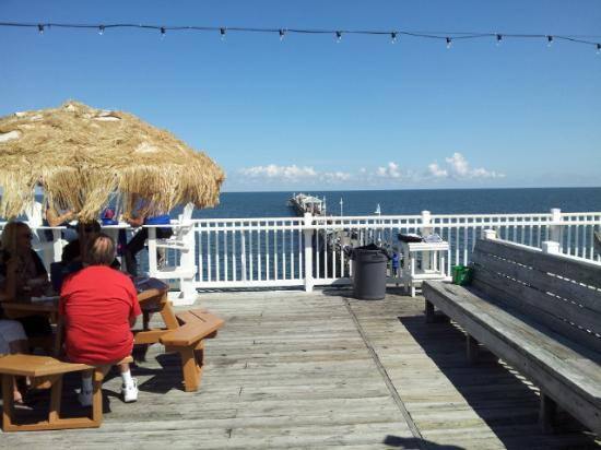 Great upper deck picture of ocean view fishing pier for Ocean view fishing pier