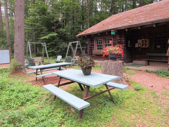 TREE FARM CAMPGROUND Updated Reviews Springfield VT - Vermont farm table reviews