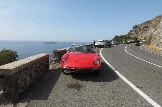 Spider lifestyle: The 1974 Alfa Romeo out on the Almalfi Coast Road