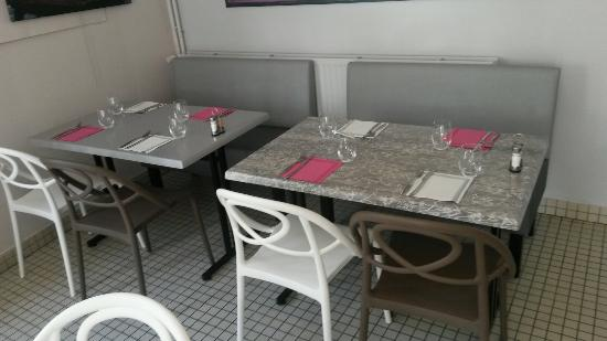 restaurant le square dans niort. Black Bedroom Furniture Sets. Home Design Ideas