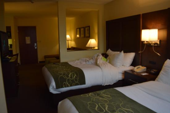 camas picture of comfort suites weston sawgrass mills south weston tripadvisor. Black Bedroom Furniture Sets. Home Design Ideas