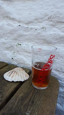 St Mawes, UK: Great Pint Of Skinners Ale
