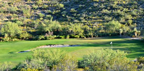 Apache Gold Resort Hotel: Apache Stronghold Golf Course