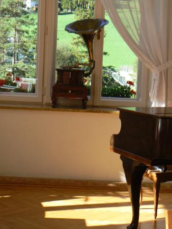 Hotel Monte Sella: sitting room and concert hall