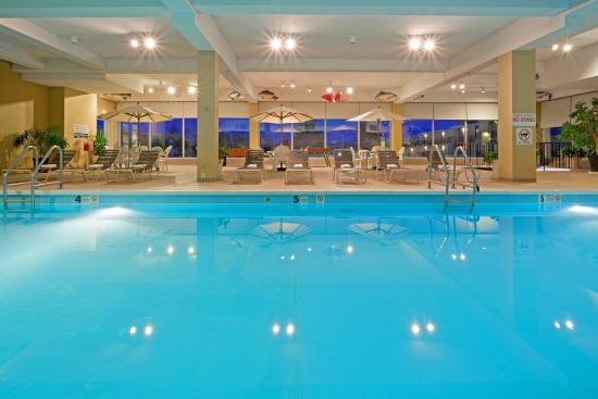 Red Lion Hotel Harrisburg Hershey: Indoor Pool