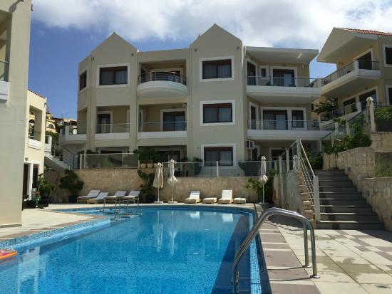 Esthisis Suites: Apartments